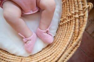 patucos bebe rosa tricot Mac Ilusion